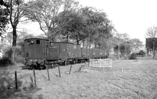 Een unieke opname van de 162 in actieve dienst bij de NTM, gefotografeerd door J. Bonthuis op 9 november 1956