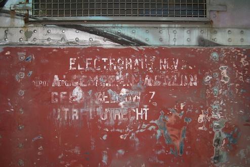 Opschriften worden weer zichtbaar... , 22 mei 2005 (foto: STIBANS)